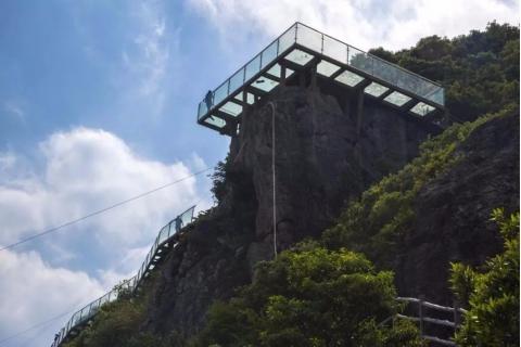 名称:  【寰球万年桥路2号】象山茅洋海景玻璃栈道,阿拉的海水上乐园